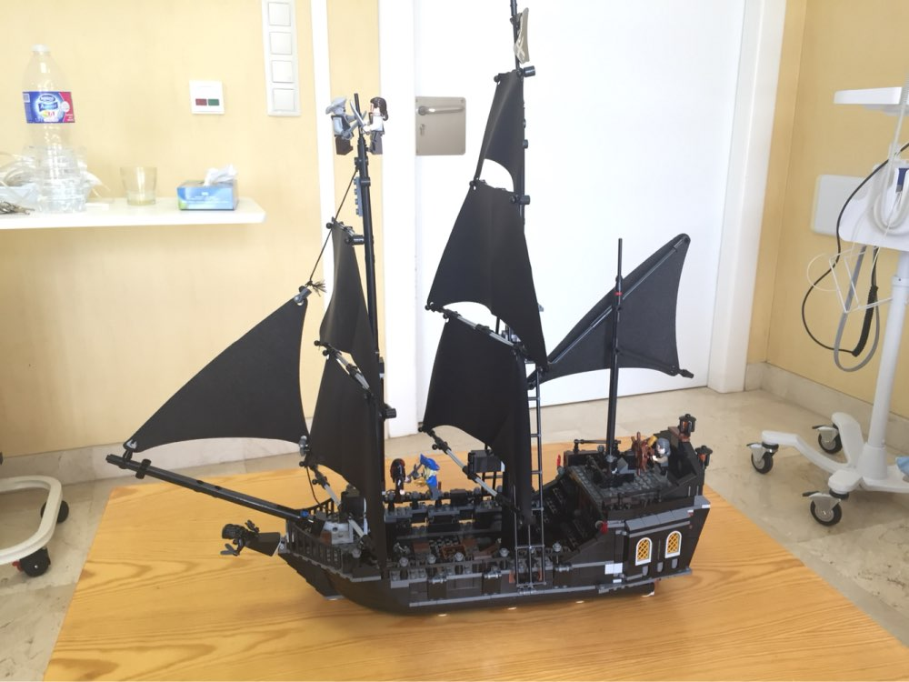 Lepin 16006 2838pcs Movie Series Pirates of the Caribbean the Black Pearl Building Blocks set Bricks Toys For Children 4184 Gift hot classic movie pirates of the caribbean imperial warships building block model mini army figures lepins bricks 10210 toys