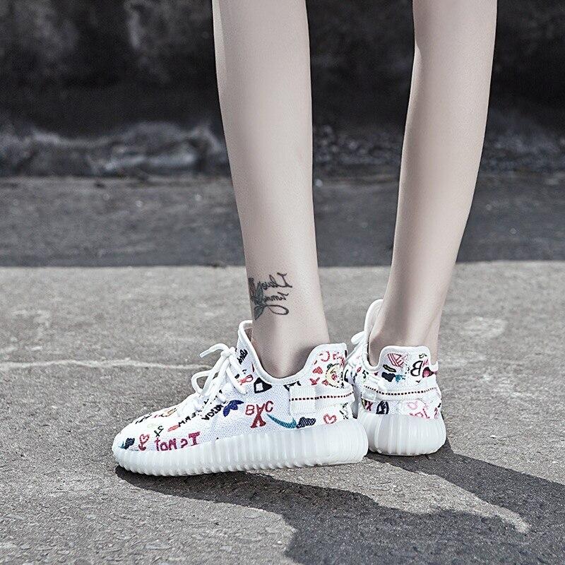 Zekameka Lover Out Door Mens Womens Letter Graffiti Print Sport Shoes 2017 Flywire Socks Design Running Shoes Males Wholesale