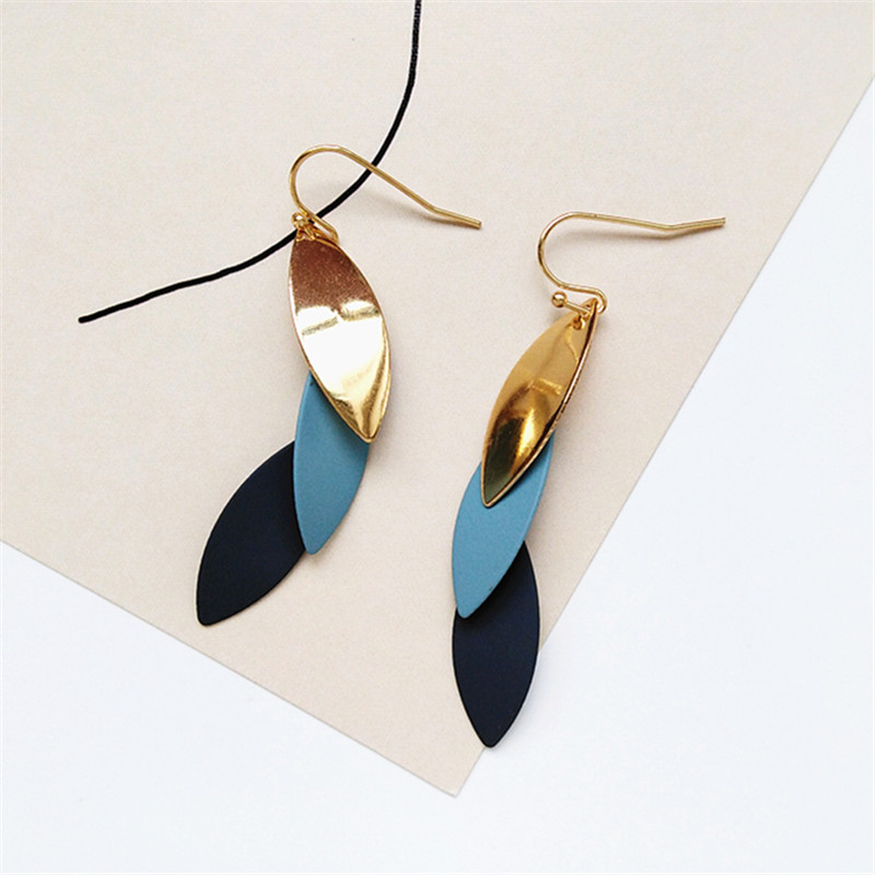 personality and colorful color matching ear hook fashion temperament by tide female wear earrings metal fashion earrings in Stud Earrings from Jewelry Accessories