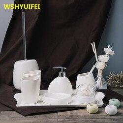Prosta głupia biała ceramiczna armatura łazienkowa zestaw łazienkowy sześć zestawów zestawów do mycia zestaw łazienkowy ceramiczne przybory do zmywania