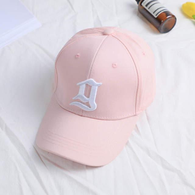 2017 nueva tendencia negro sólido Rosa tapas sombrero para las mujeres  hombres bordado letra g gorra 4293f211326