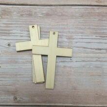 50 необработанных резных деревянных крестов для продажи