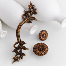Top Designed 2PCS European Kitchen Cabinet Door Handles Cupboard Wardrobe Drawer Wine Pulls Furniture and Knobs