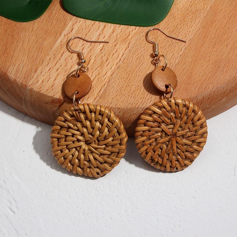 Flatfoosie nouvelle corée ronde boucles d'oreilles pour femmes naturel géométrique en bois bambou paille armure rotin tricot vigne plage boucle d'oreille 5