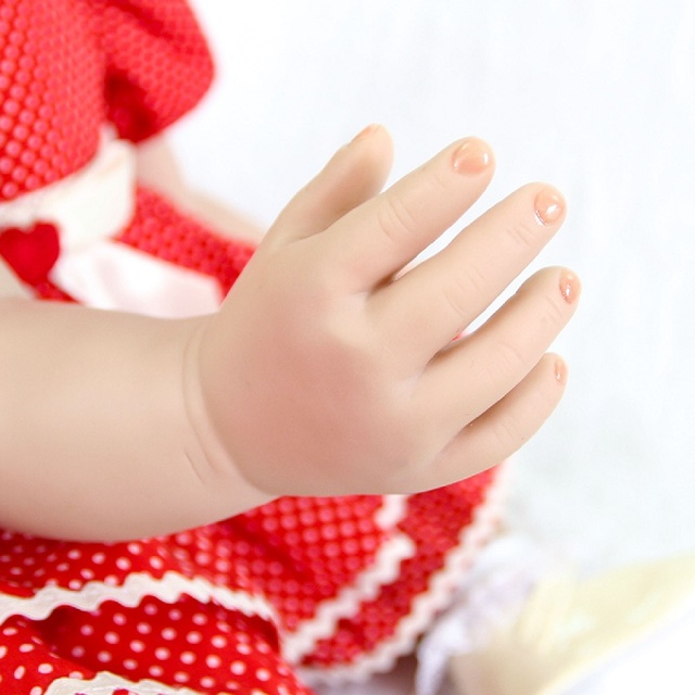 60cm Silicone Reborn Baby Doll Toys 24 Princess Toddler Babies Like Alive Bebe Girls Bonecas Play