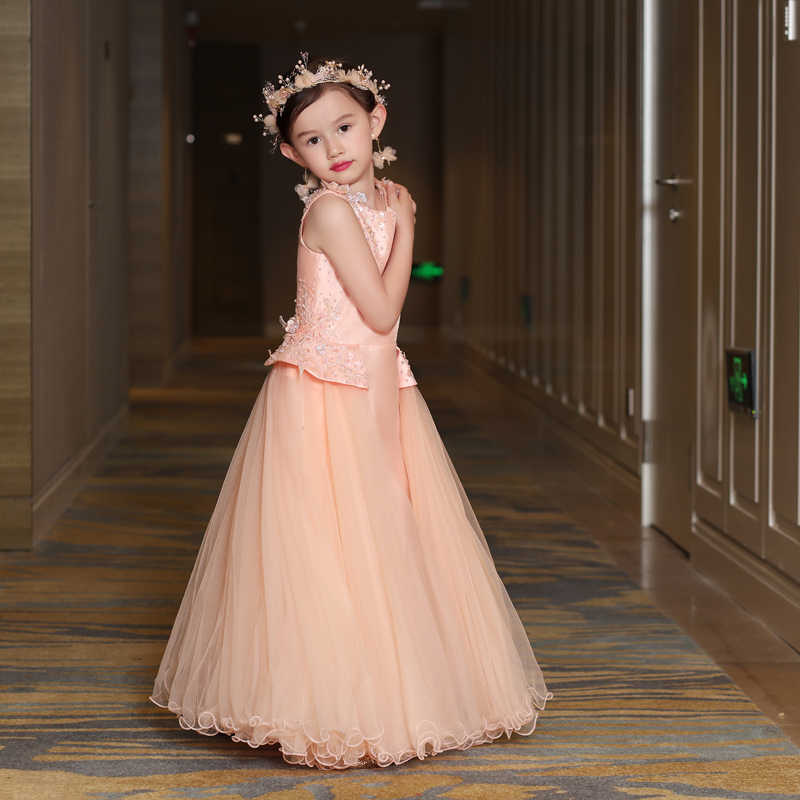 c6e53b978d419 ... Maternity Gown Mommy and Me Baby Clothes Mother Daughter Wedding Dresses  Flower Lace Girls Dresses for ...