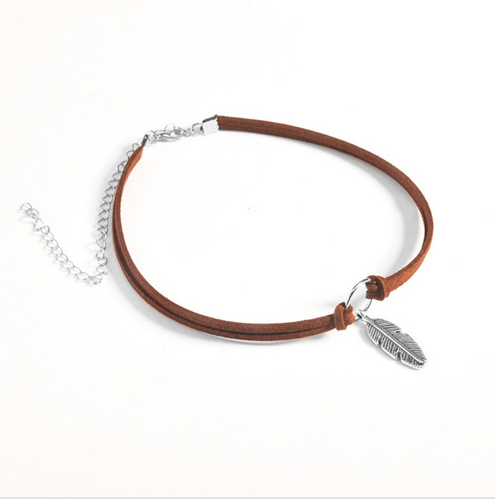 1pc Vintage Bohemia Stylish Choker Necklaces Popular Feather Pendant Necklaces Black/Brown Color For Women Jewelry P0.1