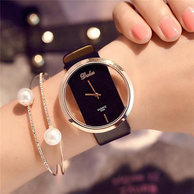 Hot Moda Feminina Relógio de Luxo Esqueleto de Couro Strap Watch Women Dress Watch Casual Quartz Watch Reloj Mujer relógio de Pulso Menina