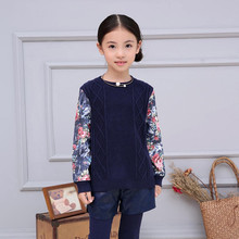 New baby girl with baby clothes thick sweater printed retro wave spring autumn children clothing