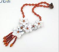 NEW Natural Carnelian Red Agates Shell Flowers With Jades Toggle Clasp Necklace
