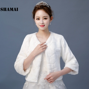 Image 2 - SHAMAI New Wedding Jacket Warm Faux Fur Wrap Bridal Coat 3/4 Sleeves Wedding Shrug Bride Accessories In Stock