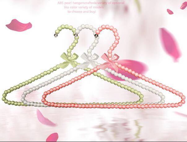 5pcs lot 20cm 30cm 40cm Children Plastic Pearl Hanger Baby Hangers For Clothes Kids Plastic Cloth
