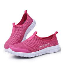 HEFORSHE Women Casual Shoes 2017 New Arrival Women's Fashion Air Mesh Summer Shoes Female Slip-on Plus Size 34-41 Shoes MXR042