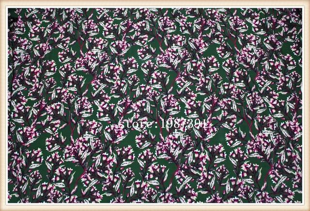 Tissu de perles de Paris 145cm de largeur   À motif de fleurs, arrière-plan vert, ne permettant pas de voir à travers la jupe, costume-robe bandeau,