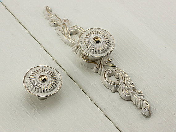 Kitchen Cabinet Door Knobs Back Plate Shabby Chic Dresser Knob Pull Drawer  Pulls White Gold French Ornate Decorative Hardware In Cabinet Pulls From  Home ...