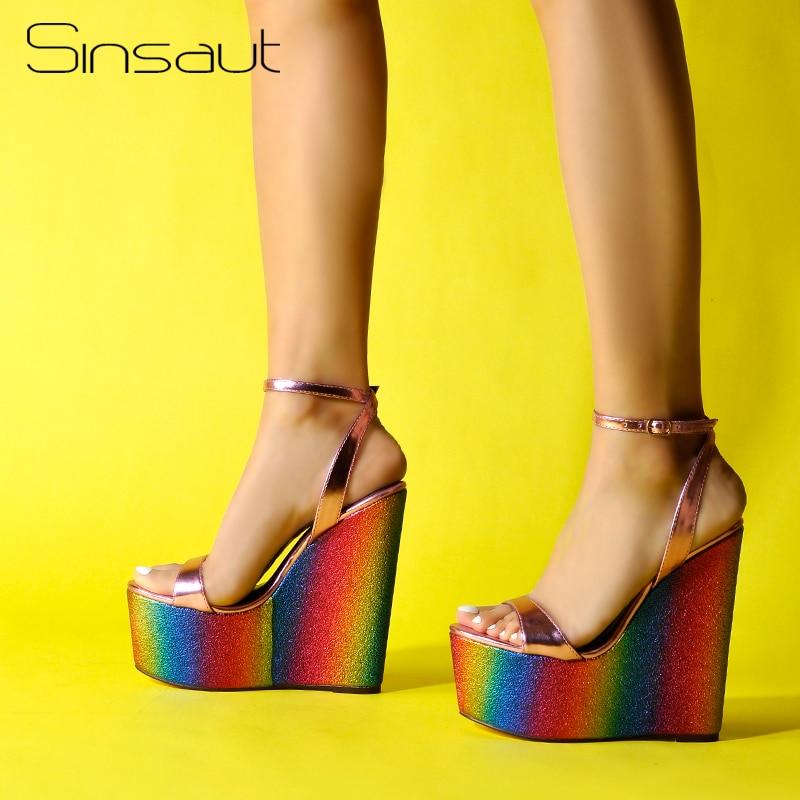 Ayakk.'ten Yüksek Topuklular'de Sinsaut Ayakkabı Kadın sandalias platform sandaletler Yüksek Topuklar Ayakkabı Ayak Bileği Kayışı Gökkuşağı Takozlar Bayanlar Sandalet Parti Elbise Sandalet'da  Grup 1