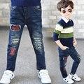 Nova Chegada de Jeans Meninos 2017 Moda Meninos Calças Para Primavera Outono das Crianças Denim Calças Crianças Calças Azul Escuro Projetado XL604