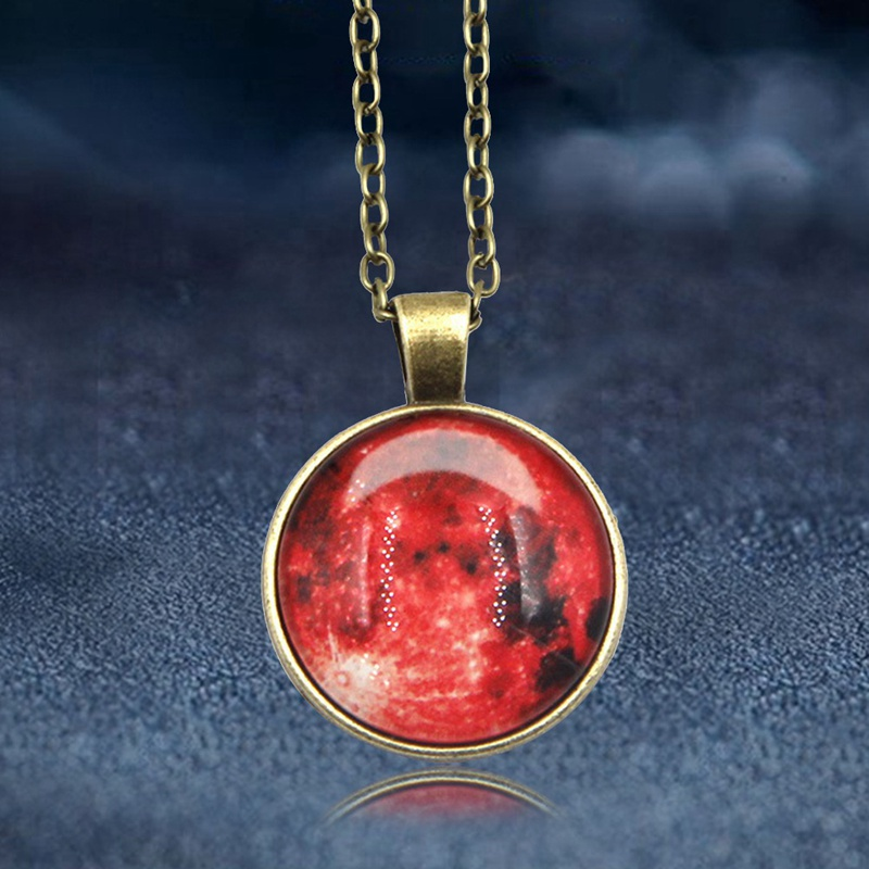 2018 New Arrival Glowing Jewelry Full Moon Necklace Handmade Glass Dome Lunar Eclipse Necklace Glow In The Dark Pendant Jewelry