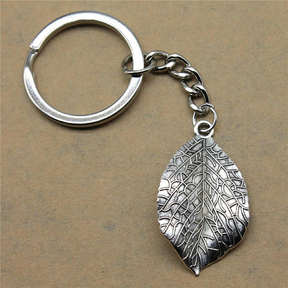 1 Stück Keychain Auto Blatt Diy Schmuck Machen Geschenk Für Neue Jahr 35x20mm Anhänger Antike Silber KöStlich Im Geschmack