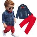 2016 Conjunto de Roupas infantis Arco Camisa do revestimento do Revestimento + Calças Vermelhas 2 Pçs/set Terno do Bebê do Menino Conjunto De Manga Longa Crianças Denim Calças calças de brim