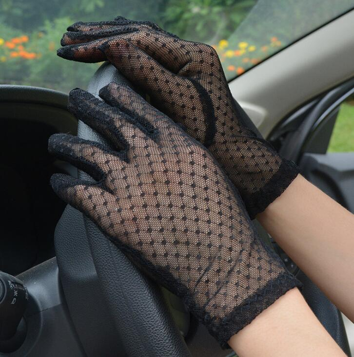 Women's Spring Summer Sexy Perspective Transparent Lace Gloves Female Sunscreen Black Mesh Driving Glove R1121