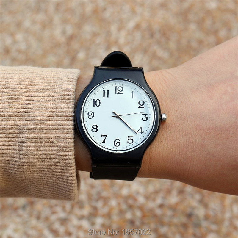 Hotime Promotion Silicone Simple Design Wristwatches For Students Quartz Sports Watch Women&men Casual Number Dial Watches