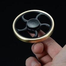 ทองวงกลมรอบอยู่ไม่สุขมือปั่นทองเหลืองนิ้วของเล่นEDCโฟกัสGyroสมาธิสั้นของขวัญตกแต่งบ้านรูปแกะสลัก