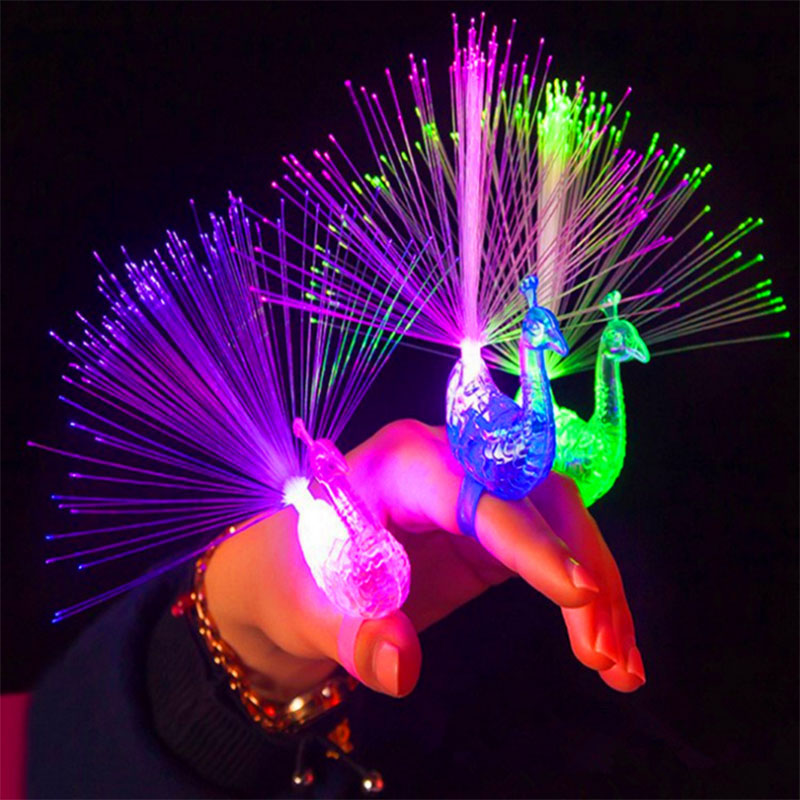 Drop Shipping Educational Plastic Finger Toy Peacock Finger Optic Fiber Light Color Led Lamp Kids Optical Fiber Finger Light