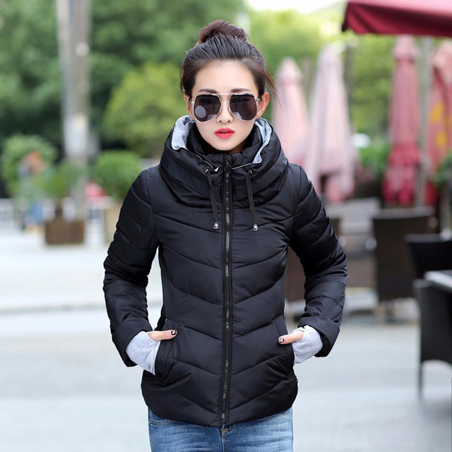2019 à capuche femmes veste d'hiver court coton rembourré femmes manteau automne casaco feminino inverno couleur unie parka col montant 2