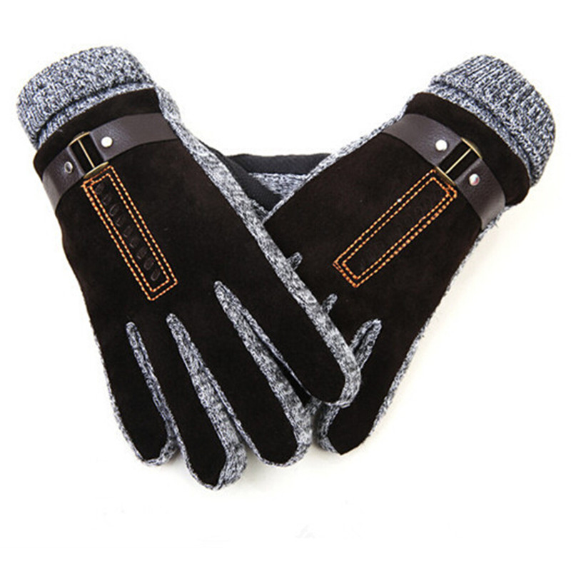 The best men's winter gloves according to Amazon reviewers, including fleece-lined gloves, wool gloves, leather gloves, and waterproof mittens.