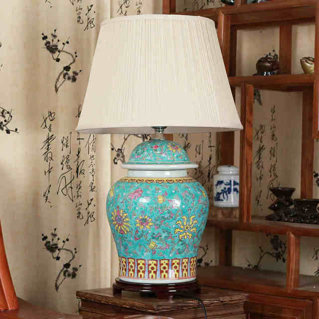 Merveilleux Jingdezhen Vintage Style Porcelain Ceramic Desk Table Lamps For Bedside  Chinese Blue And White Porcelain Traditional