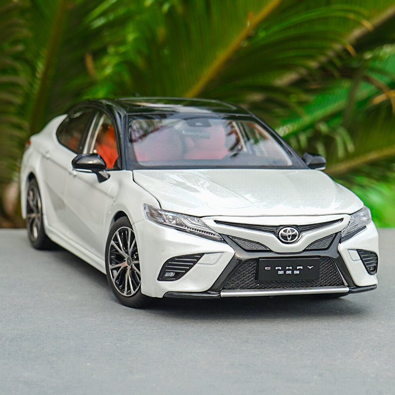 1:18 Original TOYOTA CAMRY new sports version Alloy model,simulation metal die-casting car model,exquisite gifts,free shipping