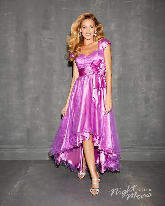 Lujoso Vestido Grande Del Baile Ideas Ornamento Elaboración ...