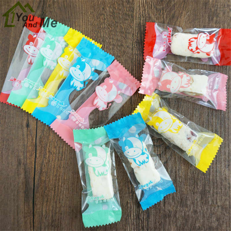 200Pcs/Lot Handmade DIY Nougat Plastic Package Dairy Cattle Pattern Food Decoration Packing Candy Wrapping Bakery Bag