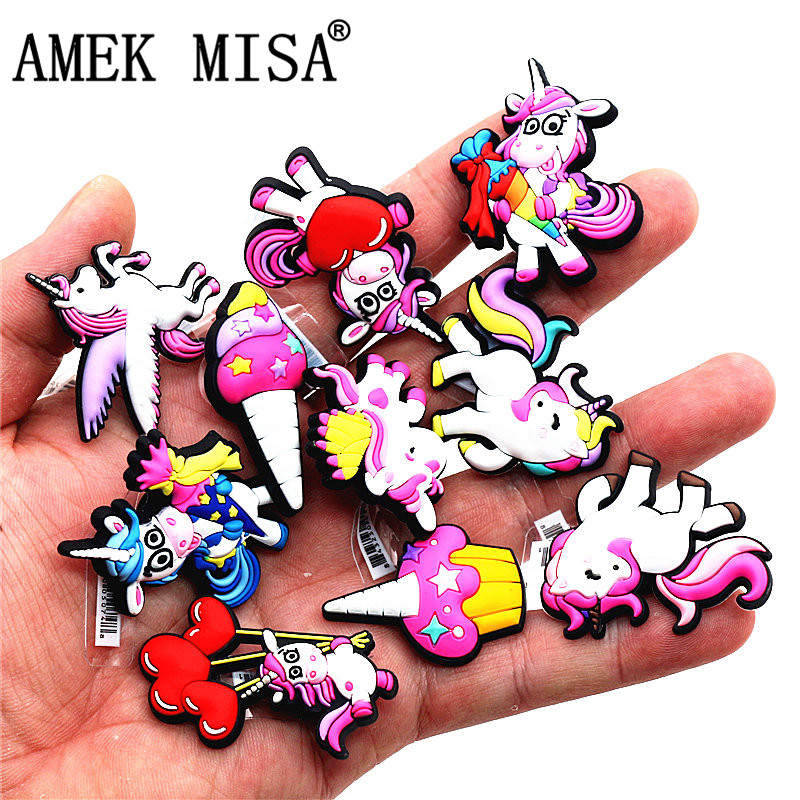 1pcs High Imitation Shoe Decorations Unicorn/Rainbow Horse/Pegasus PVC Shoe Buckles Charm Accessory Fit Bracelets Croc JIBZ Kids