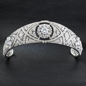 Image 1 - Royal Replica Tiara Met Echte Oostenrijkse Kristallen, Prinses Meghan Wedding Bridal Tiara Crown Hoofddeksels HG078