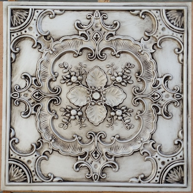 PL19 faux pressed tin finishes ceiling tiles antique white color 3D embossed photographie ...