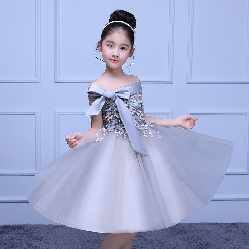 купить Ball Gown Flower Girls Dresses Shoulderless Kids Party Costume With Bow Princess Dress for First Communion Girls Gowns D40 по цене 6692.31 рублей