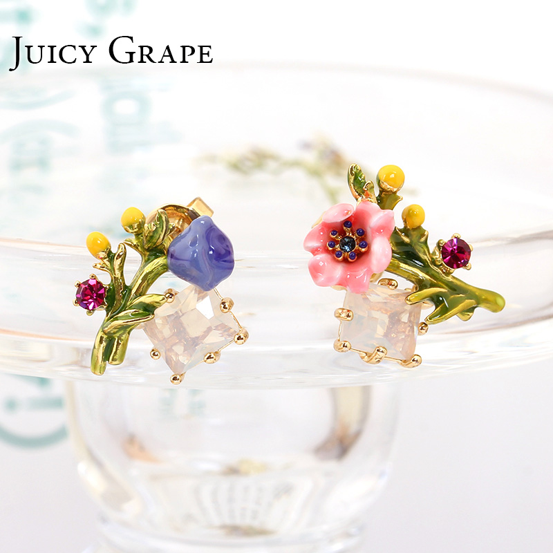 Juicy Grape Fashion Flower Earring Hand Painted Enamel Glaze White Crystal Hot Sale Stud Earring For Women Plant Jewelry