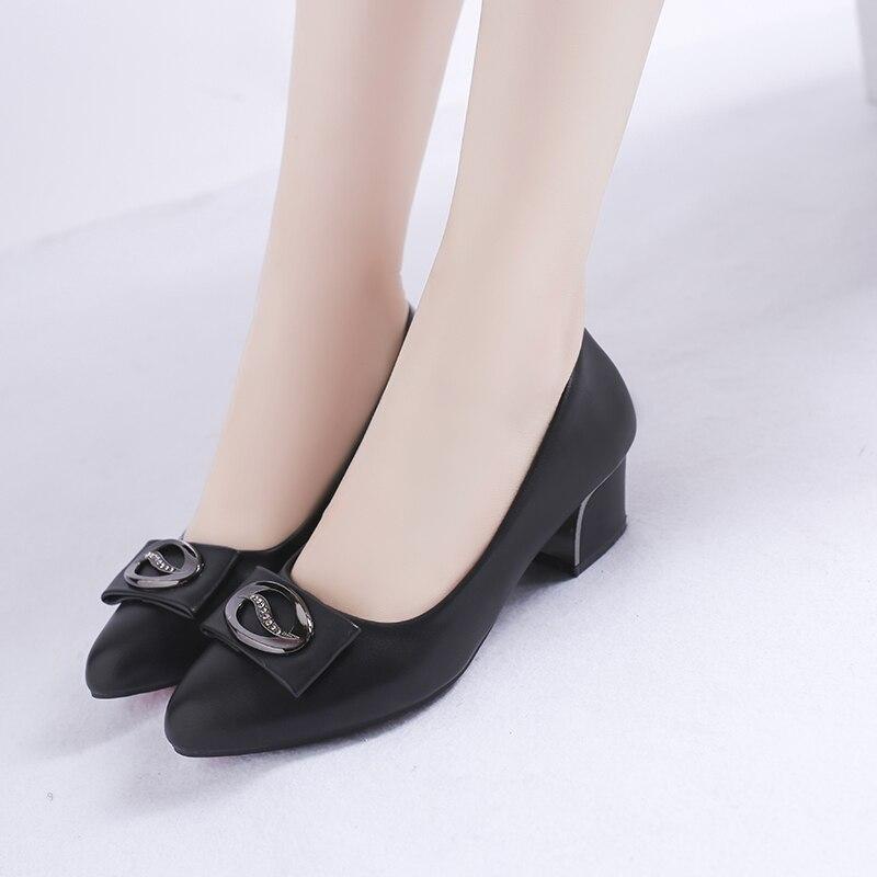 Del Tacón Beige Imitación Elegante Slip Pie 2019 Las Pu Puntiagudo Alto La Cuero negro En Diamantes Mujeres Cuadrado De Superficial Zapatos Dedo ASwqY8