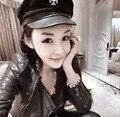 Nuevo 2016 de La Vendimia de la Marca Nuevo Estilo Coreano mujeres cruzadas Gorras Militares Plana Skipper Marinero Uniforme De Capitán Capsula Los Sombreros 1526263124