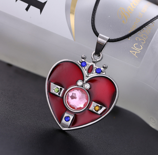 Sailor Moon necklace crystal Heart Shape High Quality Pendant Necklace Hot anime Gril Jewelry