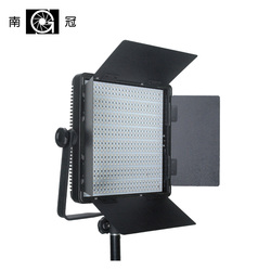 Nanguang CN-600SA LED Studio Panel Light with Barndoors and V-mount Ra95 5400K to 3200K 600 PCS LED lamp