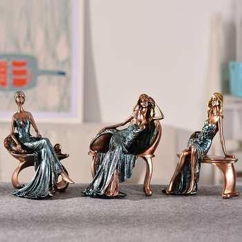 Creative Sexy Lady With Glasses Sitting On A Stool Resin Character Portrait Figurines Desk Table Living Room Bedroom Decorations