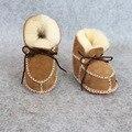 2016 de la moda de invierno zapatos del niño del bebé de piel de oveja de un bebé inferiores suaves zapatos de algodón de preservación de calor