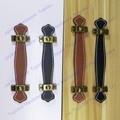 Paso del orificio de 96mm/128mm marrón/cuero negro manija manija de los muebles de cuero de estilo moderno manija/de la puerta tire/mango