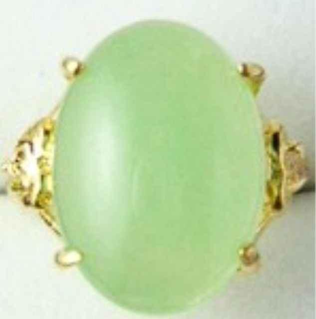 Elegant fine light สีเขียว jades ลูกปัดใหม่แหวน (#6,7, 8,9, 10) จัดส่งฟรี