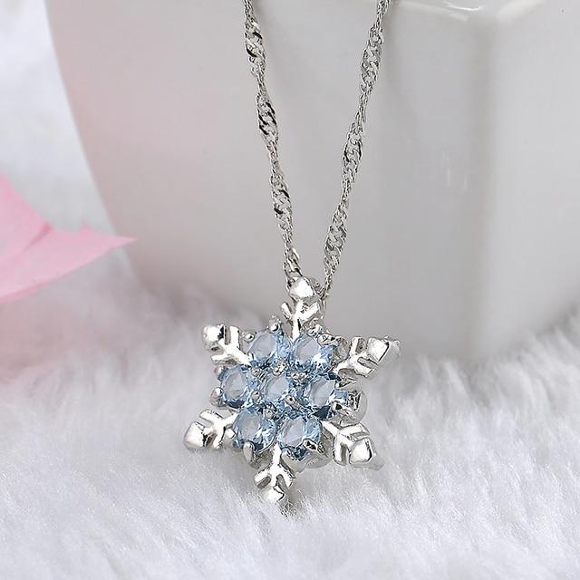 Charme Vintage dame Bleu Flocon de Neige En Cristal Zircon Fleur Argent Colliers et Pendentifs Bijoux De Noël pour Les Femmes Livraison Gratuite