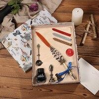 Vintage Pfau Feder Stift Persönlichkeit Dip Wasser Pen Set Kreative Metall Brunnen Stift Geschenk Box Für 1 Dichtung + 1 löffel + 3 Lack wachs-in Füllfederhalter aus Büro- und Schulmaterial bei