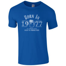 """Born In 1977"" beer love men's t-shirt"